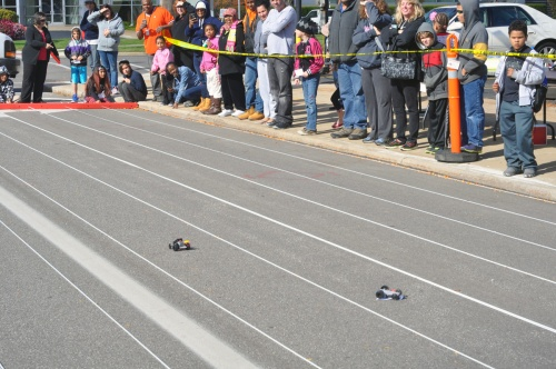 Spectators enjoy the race. (Photo by Shelley M. Shockley)